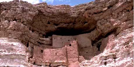 Ruins in Arizona - the Aztec State