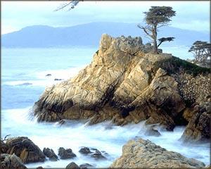 Beautiful photo of rocks and the sea.