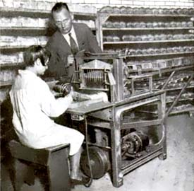Weird but true facts about the first bread slicing machine.