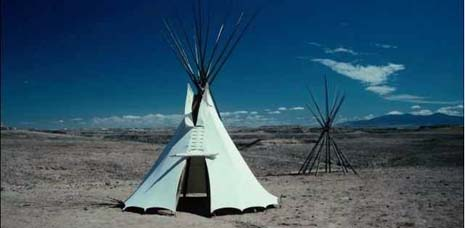 North Dakota nickname: Land of the Dakotas or The Sioux State - picture of Sioux tipi