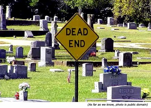 Funny cemetery sing: Dead End!