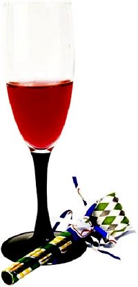Picture of red punch in Champagne glass.