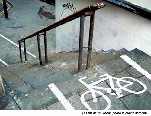 Funny road signs: Funny signs of bicycle on pavement!