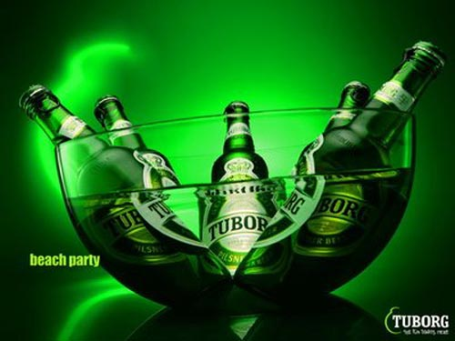 Great tuborg ads - Beach Party. Five beer bottles cooling off in a bowl of water.