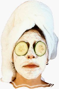 Wellness Valentine: Spa treatments and facial mask with cucumbers.